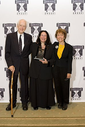 Bill Schallert and Victoria Lewis with Tari Hartman Squire when she won her Media Access Visionary Leadership Award.